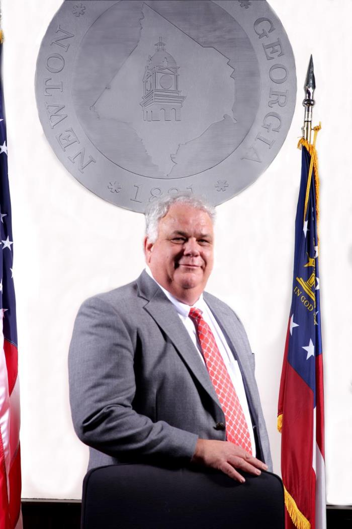 County Manager, Lloyd Kerr